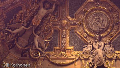 Louvre, ceiling ornament