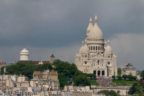 Kuva: Sacré-Coeur Montmartren kukkulalla.