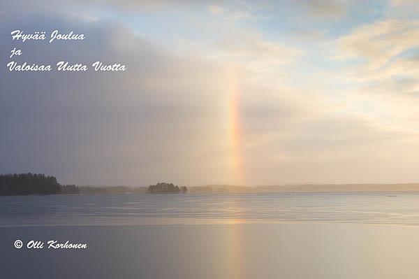 Kuva: Haloilmiö jäätyneen Kallaveden yllä.