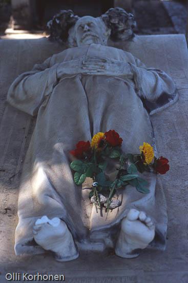 Alexandre Dumas nuoremman hauta, Montmartre'n hautausmaa Pariisiissa.