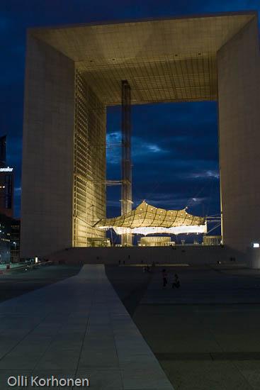 Pariisin uusi riemukaari, La Grand Arche.