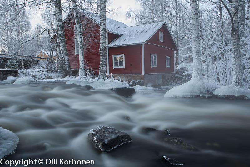 Talvinen koski-idylli Kerkonkoski Rautalampi. ISO 50, F22, 10s.