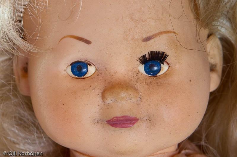 Aution talon nukke.