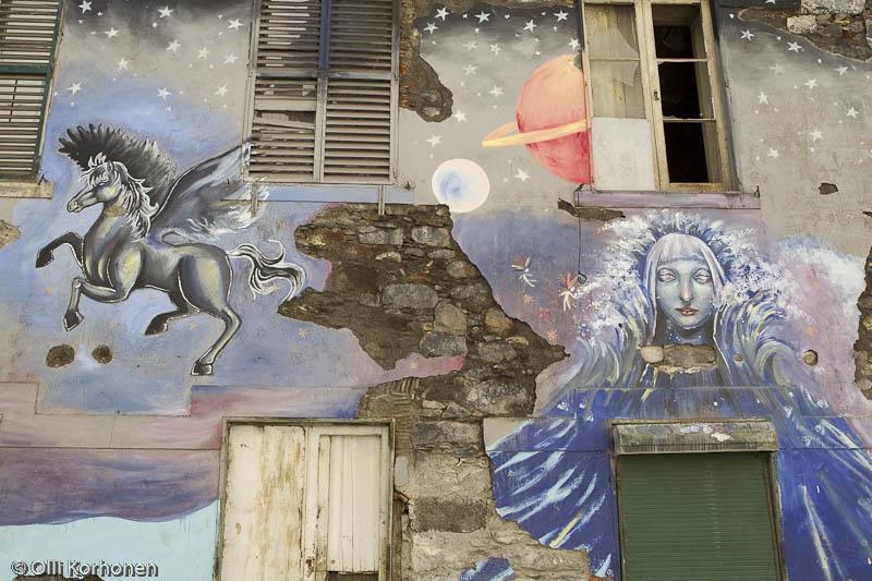Suuri seinämaalaus, katutaidetta Madeiralla.
