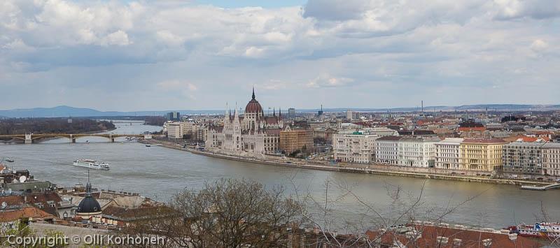 Budapest, näkymä Gellertin vuoren sijaitsevalta linnoitukselta.