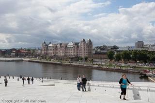 Oopperatalo, Oslo. Näkymä kohti kaupungin keskustaa.