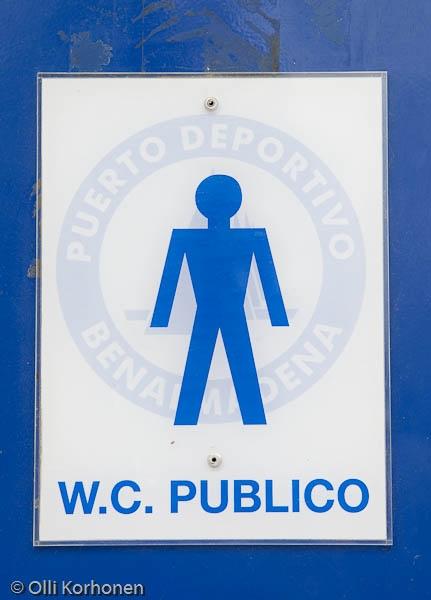 Yleisen käymälän ovikyltti, Benalmadena, Espanja 2011