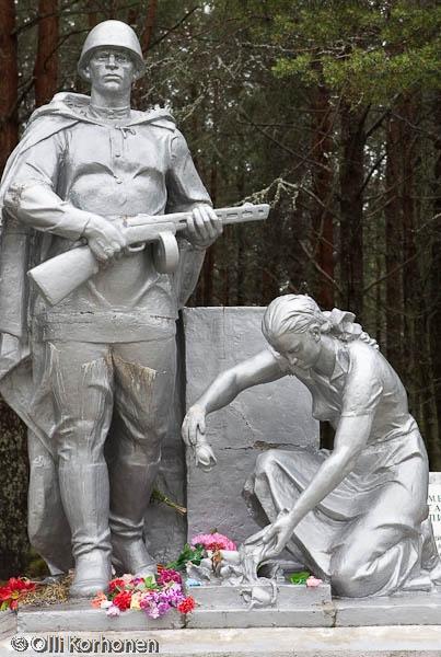 Venäläisten kaatuneiden muistomerkki, Rukajärvi 2011