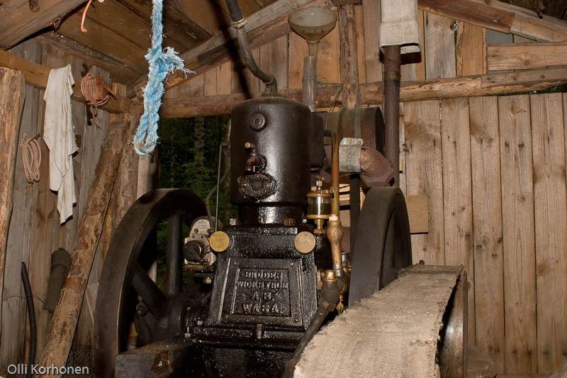 Vanha Wickström-moottori.
