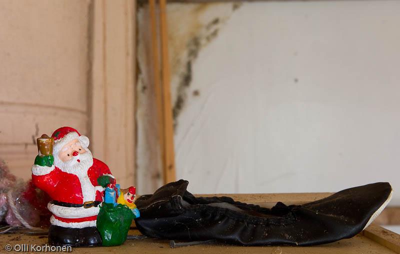 Joulupukki ja tossu.