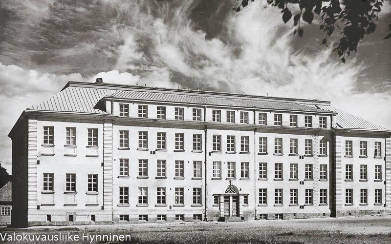 Kajaanin lyseo, 1960-luku.kajaanin-lyseo-1960-luku-6086