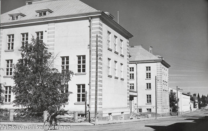 Kajaanin lyseo, 1960-luku.kajaanin-lyseo-1960-luku-6087