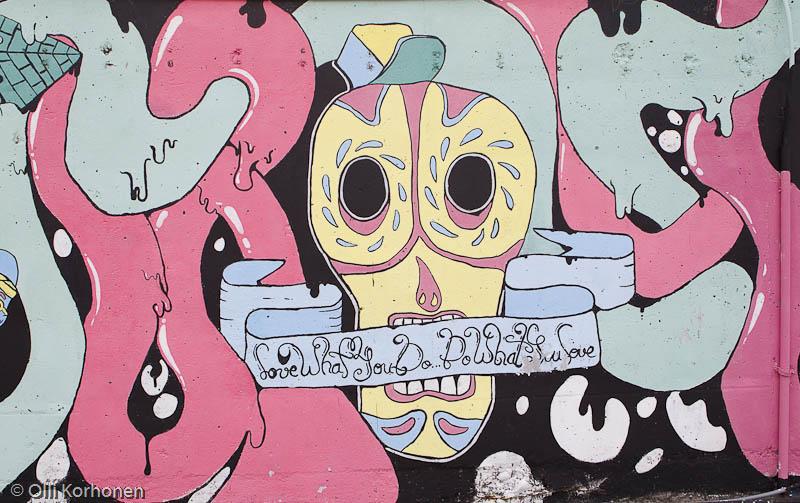 Seinämaalaus, graffiti, Funchal, Madeira.