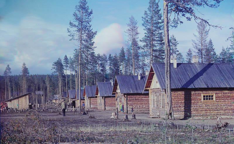 Sotavankileiri jossain Murmanskin radan varrella.