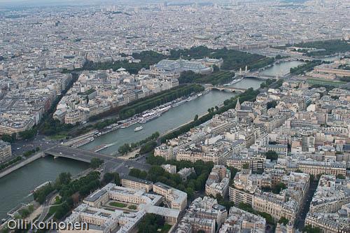 Pariisi, Grand Palais, Suuri Palatsi, Eiffel-tornista nähtynä. Lintuperspektiivi.