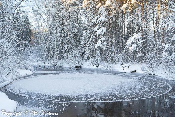 pyörivä jäälautta,pyöreä jäälautta,ice disk,ice circle